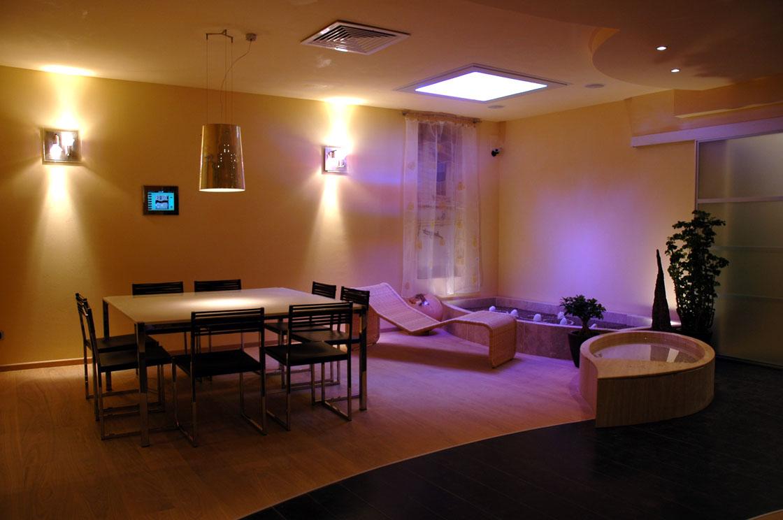Marrulli illuminotecnica e materiale elettrico for Sistemi di illuminazione